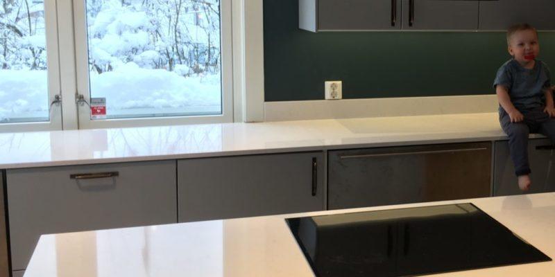 Eine polierte oder eine abgeschliffene Küchenarbeitsfläche?